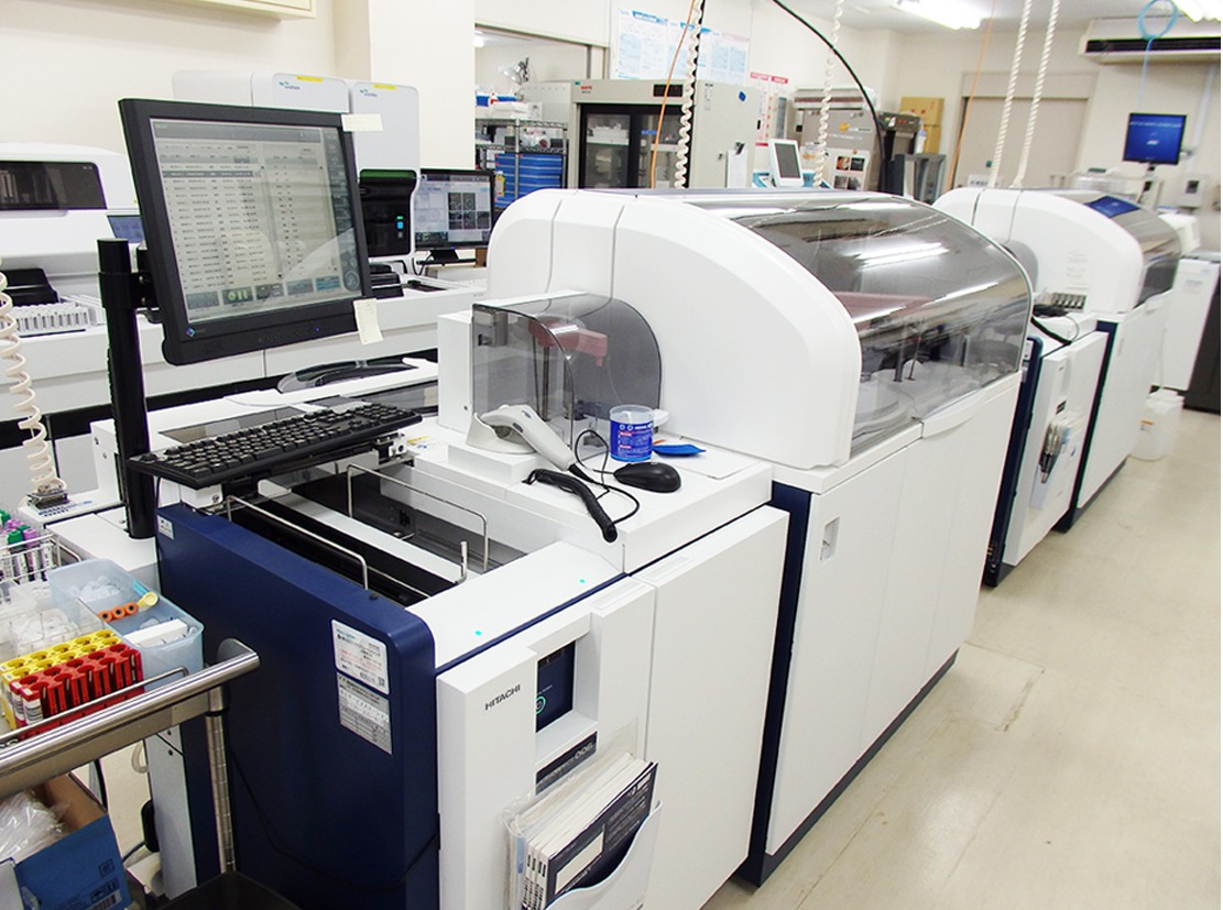 生化学分析装置:肝機能・腎機能等の測定
